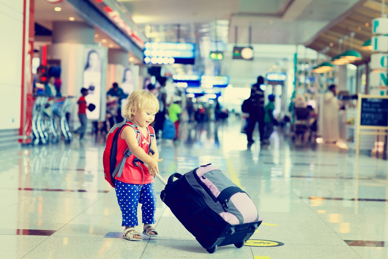 Traveling with Baby: 10 Must-Have Items