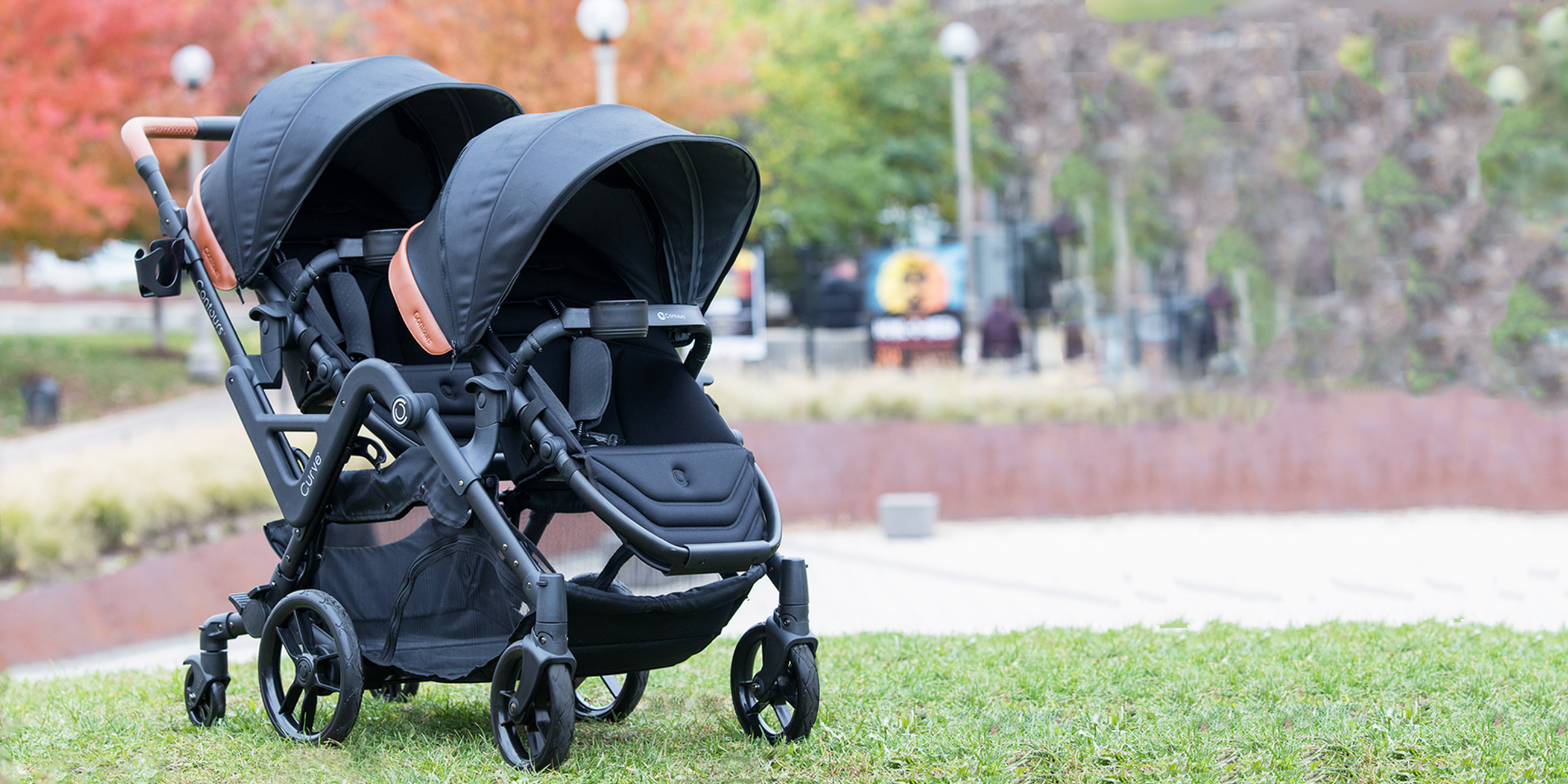 Contours Curve Double Stroller in Black